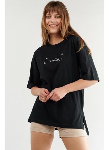 Levure Oversize Baskılı T-Shirt Siyah